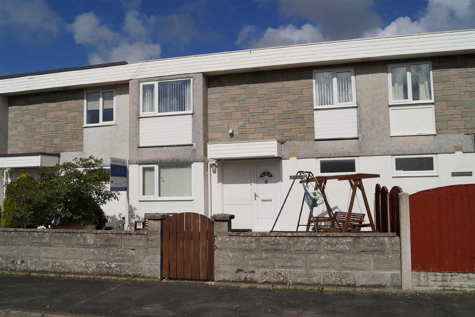 Lon Ceredigion, Pwllheli - £158,000